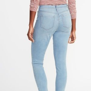 Old Navy Jeans - 👖Mid-Rise Light wash Skinny Jeans👖